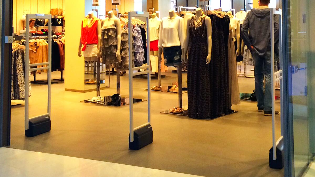 Бутик модной одежды и аксессуаров MANGO
